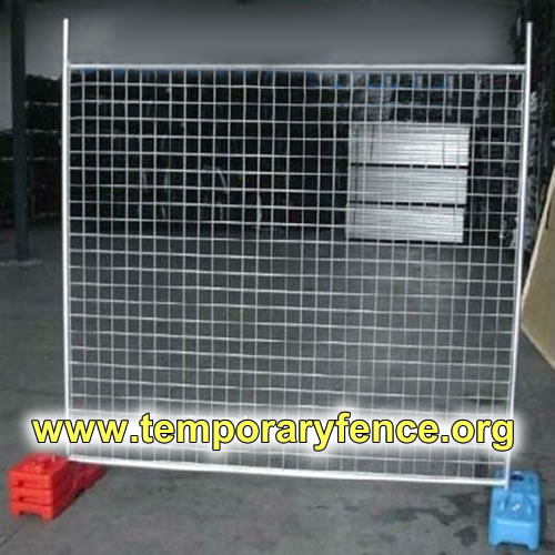 Welded Wire Mesh Used as Pool Fences